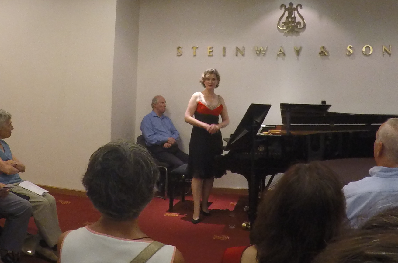 Pianist, Wendy Hiscocks